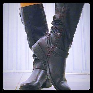 Dark brown / Black Boots size 8 1/2